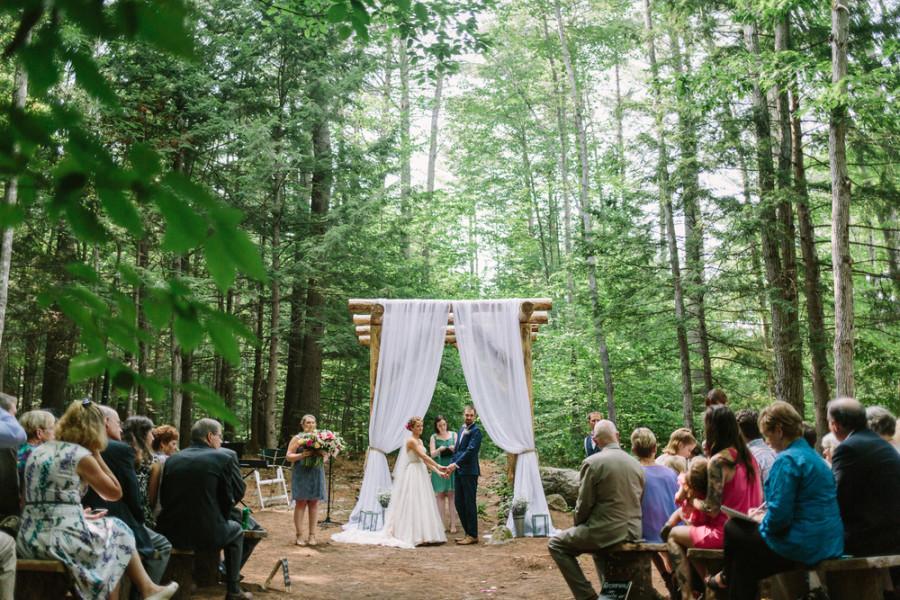 Chriki sam maine barn wedding venue for Wedding venues in maine